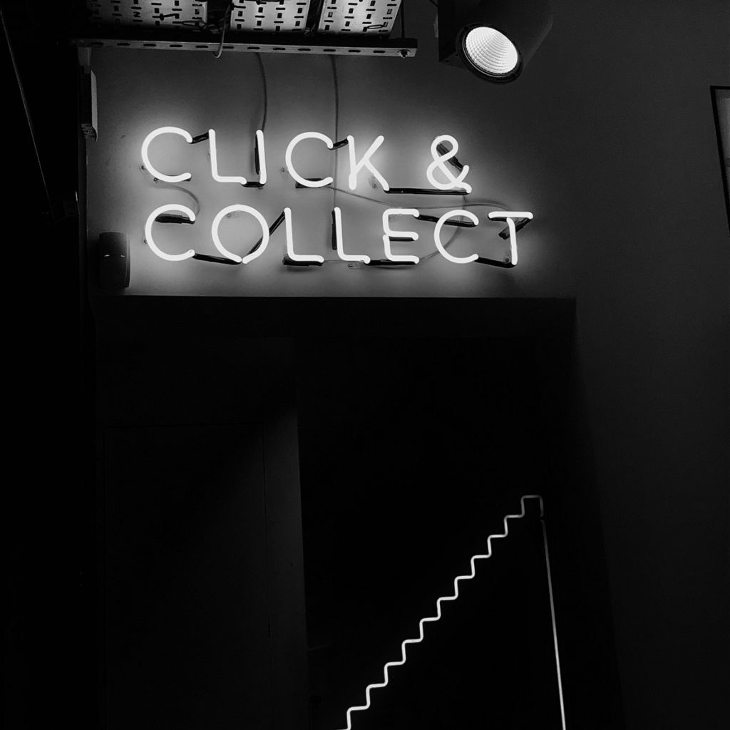 Click and Collect_Buy Online Pick up In Store – BOPIS – Définition -